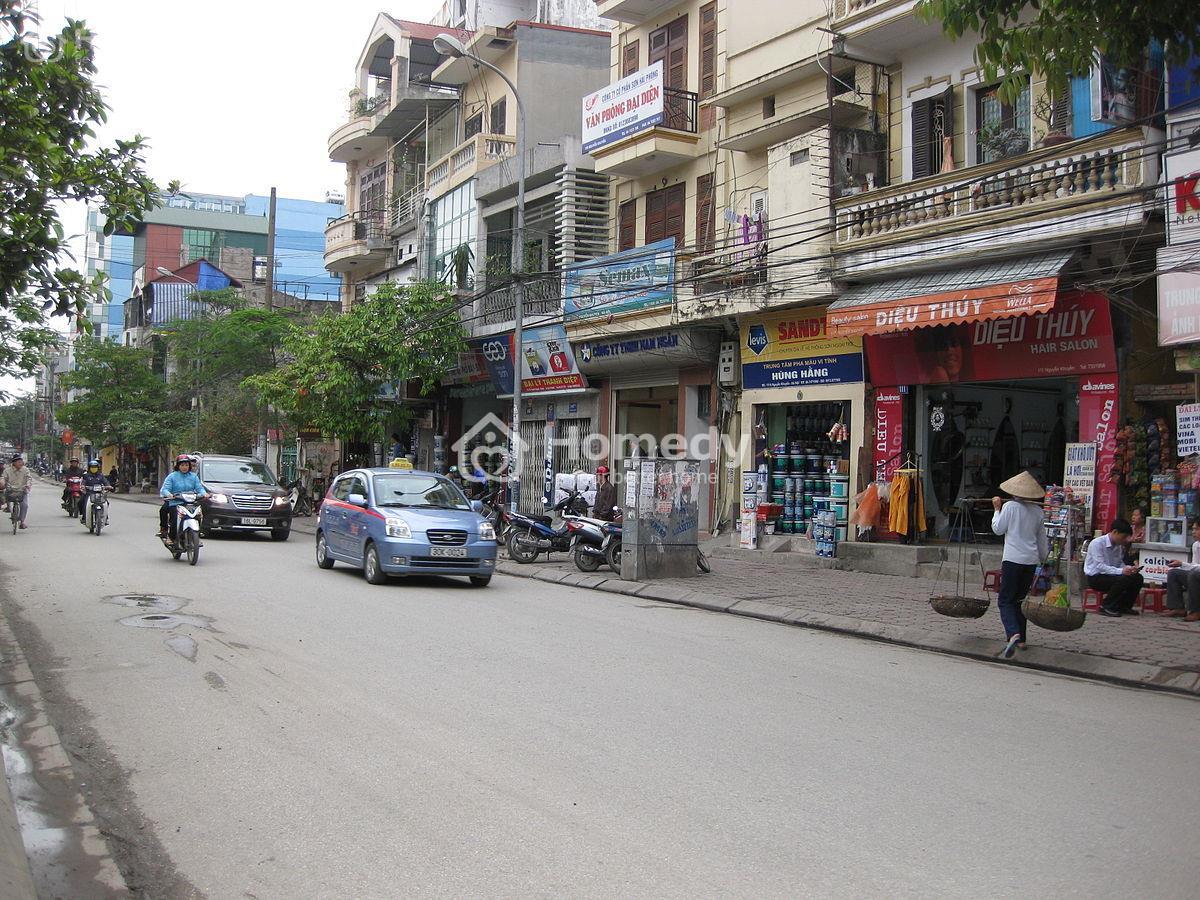 Nhà mặt phố Hà Nội thuận tiện cho người ở